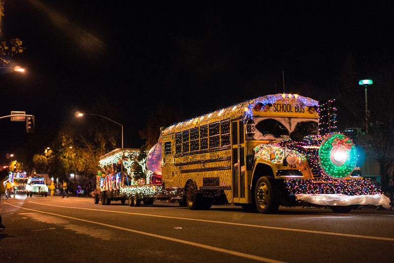 Light_Parade_2015-08037.jpg