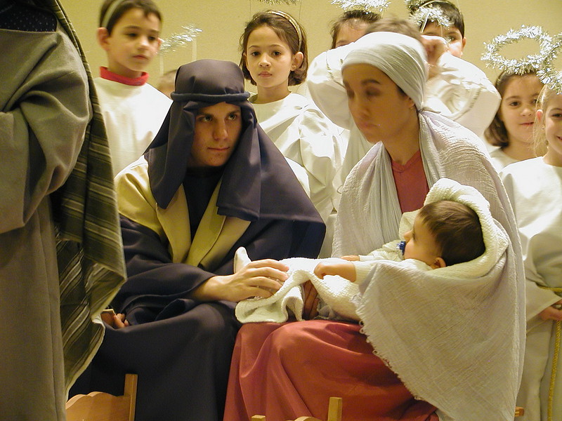 2002-12-21-HT-Christmas-Pageant_128.jpg