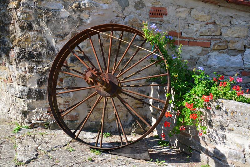 italy trebbio wheel nuetral.jpg