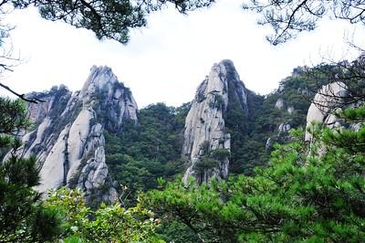 KOREA-Picture set 12 Dobongsan Seoul Hike 9-29-2012