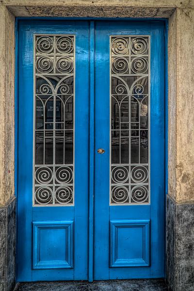 Lisboa- Street - 38 (1 of 1).jpg
