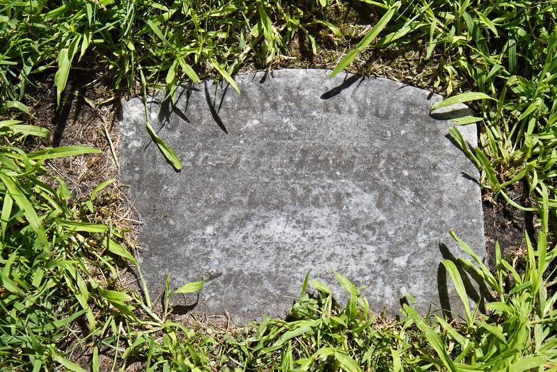 Johann Knuth Gravestone, dry