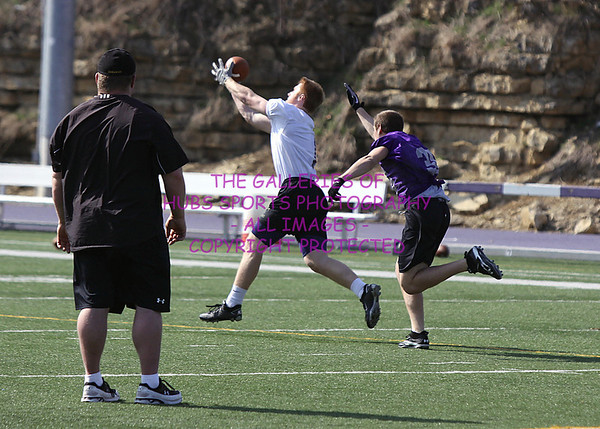 2011 LORAS COLLEGE DUHAWK FOOTBALL
