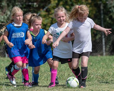 Sports - Twins Soccer