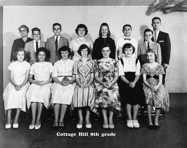 Cottage_Hill_8th_grade.jpg