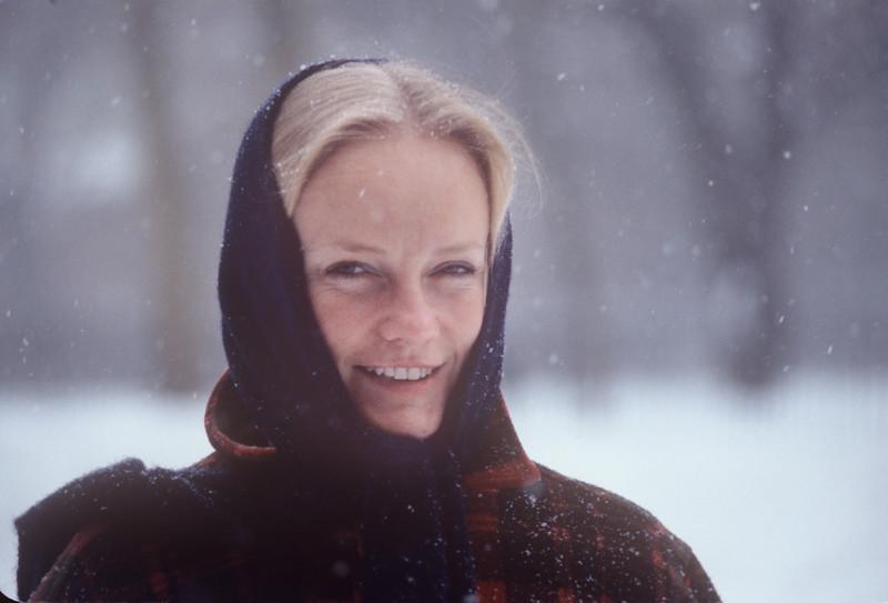 1978-02 Bonnie Black_.jpg