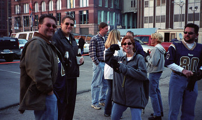 St. Louis RAMS Football -- Tailgate 2001