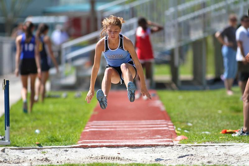 District Track Field 2012 200.jpg