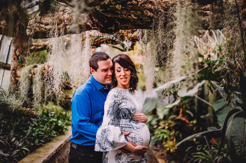 Montreal Family Photographer   Maternity Photography Montreal   LMP Photo and Video