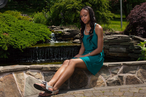 Nassiah Bray  Senior Photos