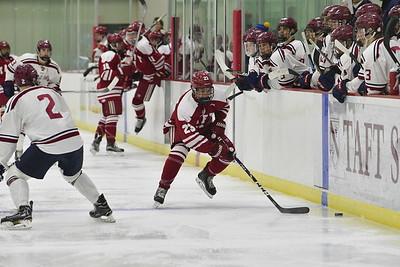 1/6/18: Boys' Varsity Hockey v Avon Old Farms