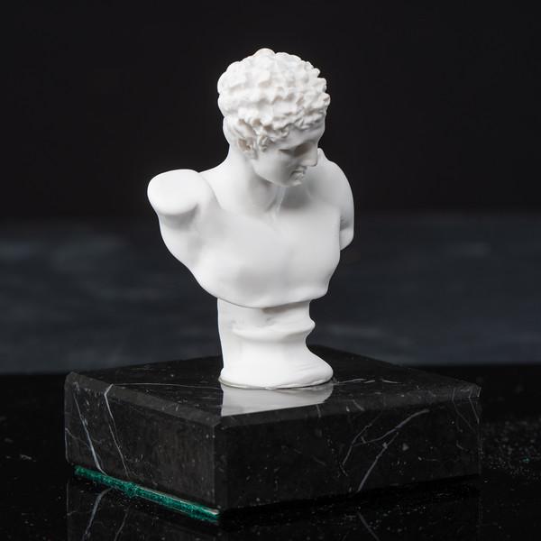 Statue-2-485.jpg