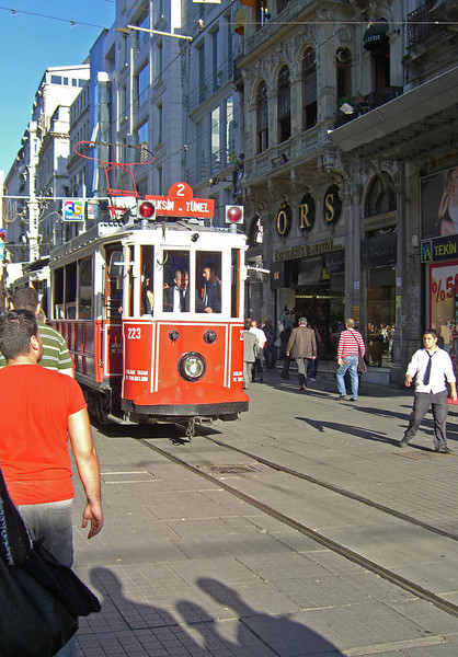 56-İstiklâl trolley, Taksim to Tünel.