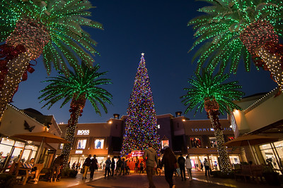 Citadel Outlets - Holiday