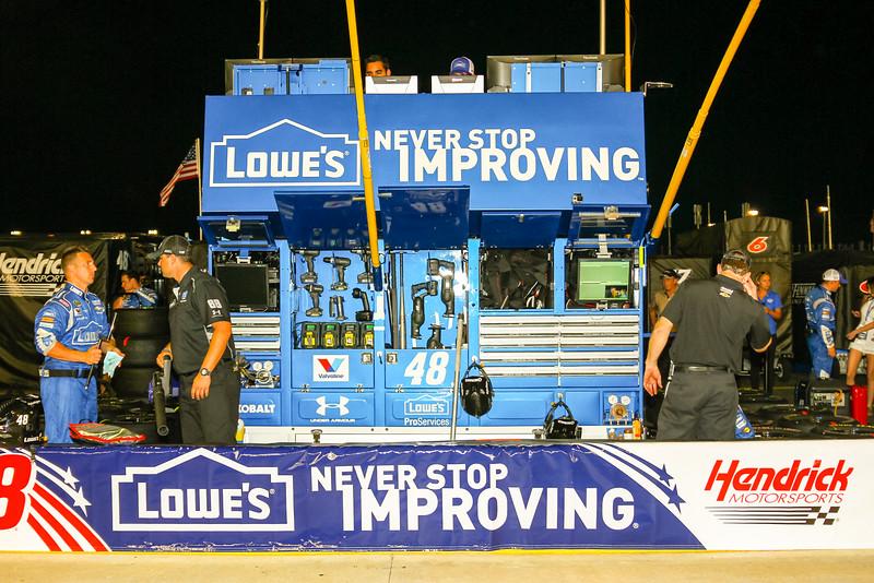 NASCAR_Lowes_185.jpg