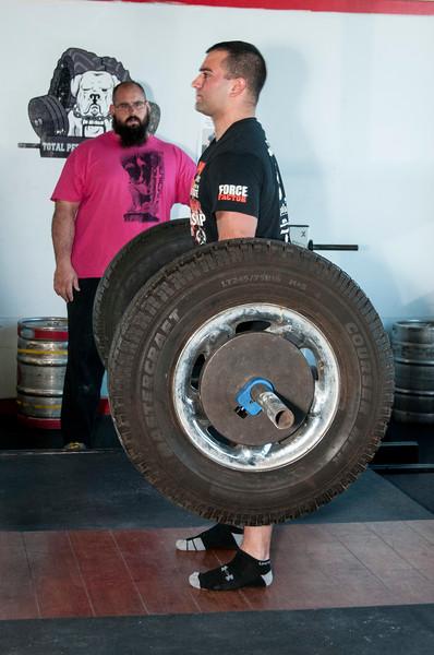 Strongman Saturday 11-10-2012 (Deadlift)_ERF0457.jpg