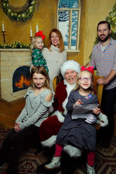 Pictures with Santa Earthbound 12.2.2017-046.jpg