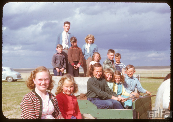 Students of Rosefield school.  Rosefield.  05/09/1951