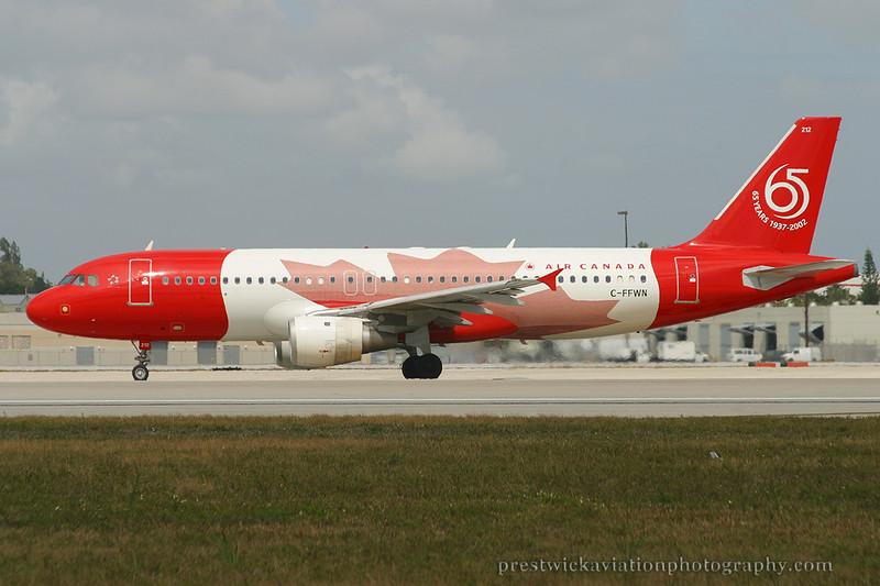 C-FFWN. Airbus A320-211. Air Canada. Miami. 030304.