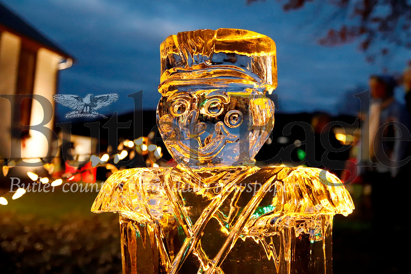 Nutcracker ice sculpture. Seb Foltz/Butler Eagle