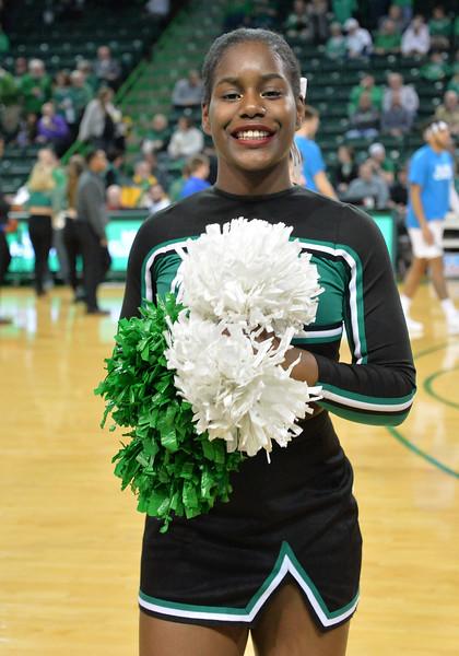cheerleaders3812.jpg