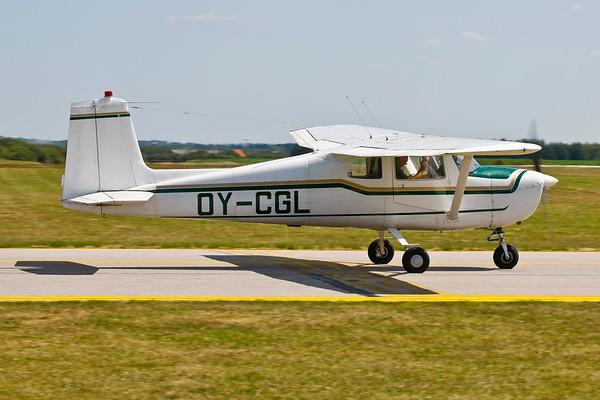 OY-CGL - Cessna 150B