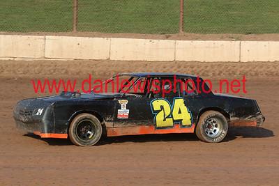 081118 141 Speedway