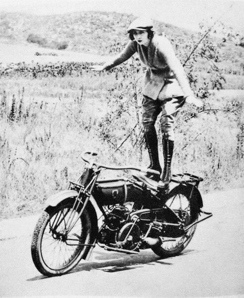 Early Women Motorcycle Stunters (9).jpg