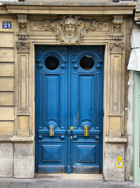Paris was full of intricate and fascinating door designs. Most were seen from our bus at speed and could not be captured in time, or were partially blocked by objects that would have created an undesirable composition. I captured this one while we were stopped.
