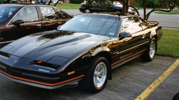 1988 Pontiac Firebird Formula .  .  .