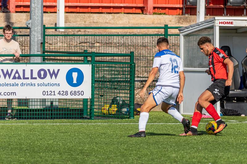 Redditch United vs Lowestoft Town Football Club