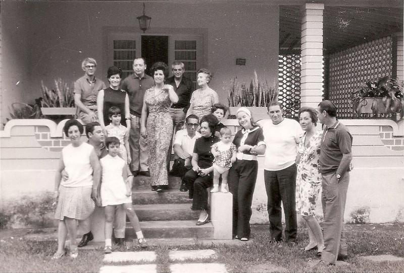 Dundo 1971 - Em casa do casal Botelho Familias: Manuel Pereira, Gameiro, Pedro Alves, Mota, Botelho, Santos David e Norberto Guimaraes