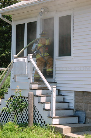 Reading, MA - Working Fire - 57 Dividence Rd - 7/15/08