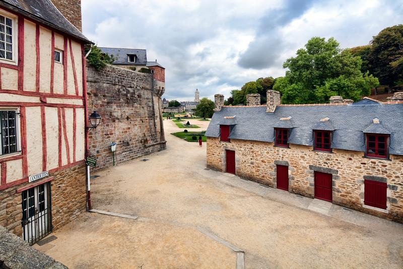 Garenne wash houses (right), town of Vannes, departament de Morbihan, Brittany, France