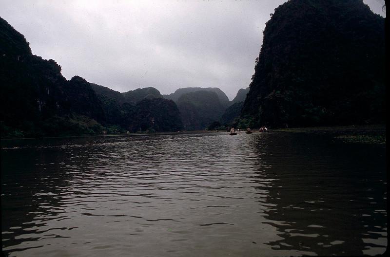 VietnamSingapore1_118.jpg