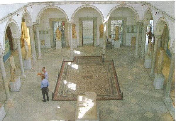 028_Tunis_Musee_du_Bardo_Les_Statues_Romaines.jpg