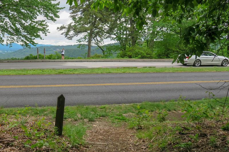 MST Access Path @ Blue Ridge Parkway/Chestnut Cove Overlook -- 3,035'