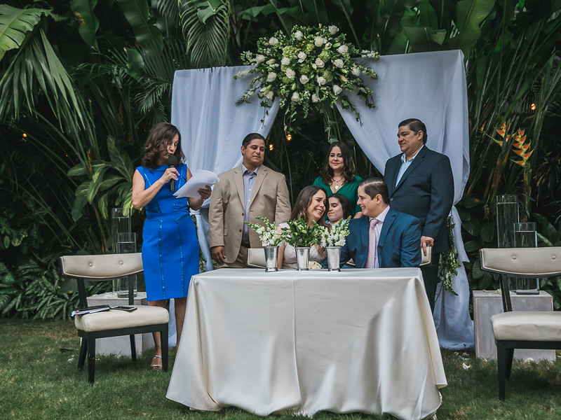 2017.12.28 - Mario & Lourdes's wedding (209).jpg
