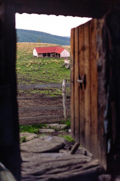Viata-la-stana-Muntii-Sureanu-August-2014-004.jpg