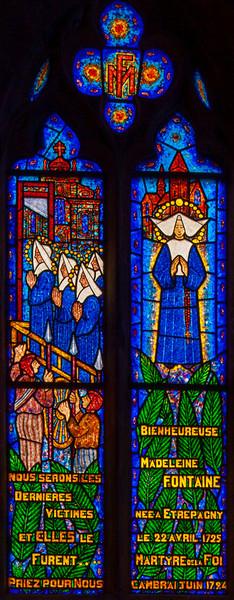 Etrapagny, Saint-Gervais-Saint-Protais - Saint-Madeleine Fontaine Window