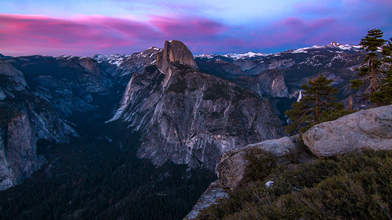 GLACIER POINT SUNSET FOR BACKGROUND.jpg