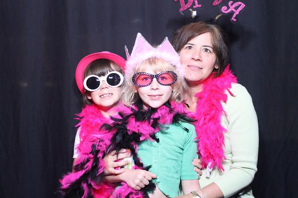Mom's Nite Out @ Pheasant Lane Mall 5/9/13 Nashua, NH