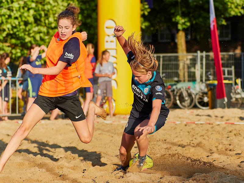 20170616 BHT 2017 Beachhockey & Beachvoetbal img 192.jpg
