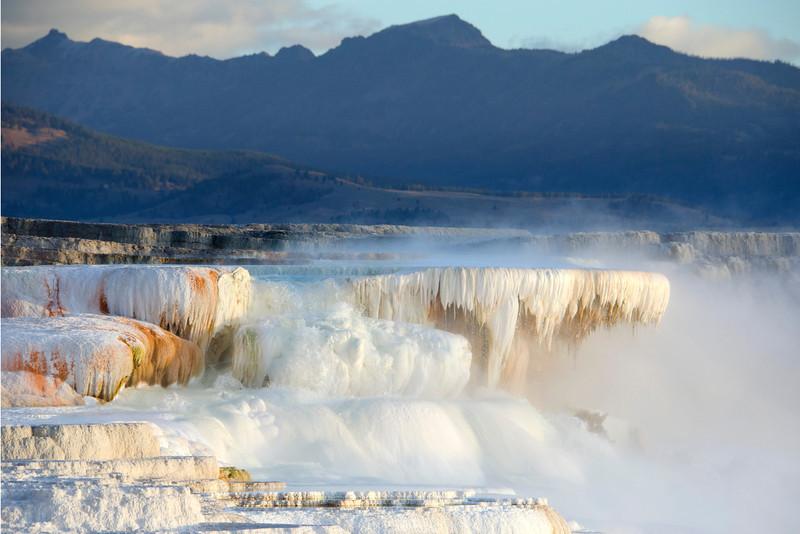 Yellowstone472.jpg