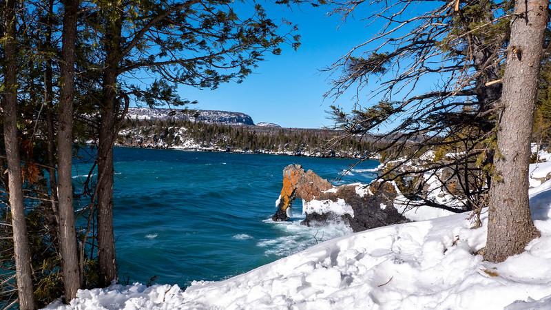 Sleeping-Giant-Provincial-Park-Winter-Hiking-17.jpg