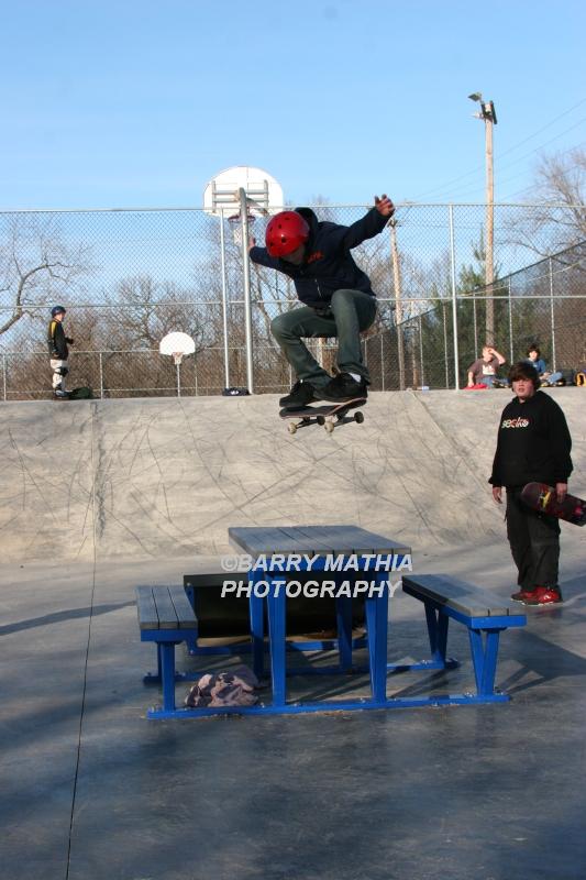 Miles at Excelsior Skatepark 12-26-05