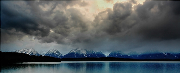 Incoming storm at Oxbow Bend