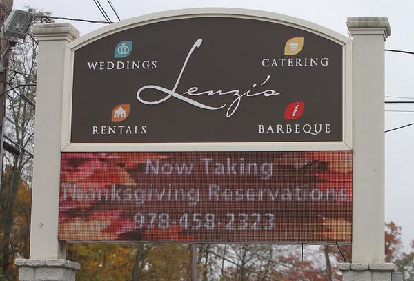 Lenzi's  Thanksgiving food prep110218