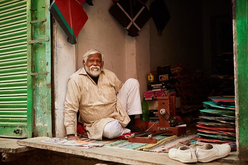 Emily-Teague-Street-India 9.jpg