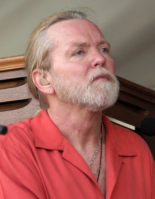. ** FILE ** In this May 5, 2007 file photo, Gregg Allman of the Allman Brothers performs during the 2007 Jazz and Heritage Festival in New Orleans. The Allman Brothers Band is canceling its annual run of performances at Manhattan\'s Beacon Theater as founding member Gregg Allman continues to recover from hepatitis C. The band had been scheduled to play 15 sold-out shows at the Beacon, an annual run of concerts that draw people from all over the country who shell out several hundred dollars for tickets to see the blues-rock legends. On Friday, April 18, 2008, the Allmans announced on their Web site that the shows would be rescheduled for early 2009, the 40th anniversary of their founding. (AP Photo/Dave Martin, file)